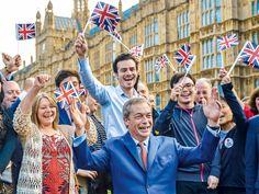 Nigel Farage, do partido Ukip, comemora a vitória do Brexit: de outsider a profeta do euroceticismo