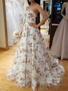 White tulle applique long prom dress, white evening dress, customized service and Rush order are available Floral Prom Dresses, A Line Prom Dresses, Grad Dresses, Lace Evening Dresses, Prom Party Dresses, Elegant Dresses, Pretty Dresses, Homecoming Dresses, Sexy Dresses