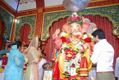 Priyanka Chopra Visits Andheri Cha Raja Ganpati In Mumbai (21)    #PriyankaChopra