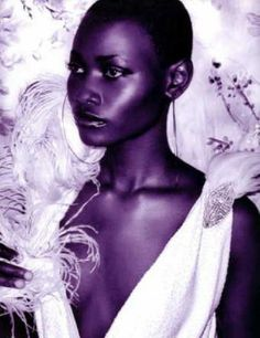 Beautiful, Ghanaian model Belinda Baidoo....beautiful dark luminous skin