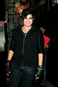 I love Adam Lambert! He is not afraid to be himself!