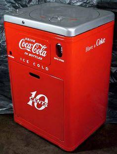 I'd like to share coke Soda Machines, Vending Machines, Vintage Coke, Vintage Items, Painted Fridge, Coca Cola Cooler, Coca Cola Decor, Coke Machine, Always Coca Cola
