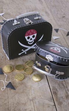 Pirat party by Sostrene Grene