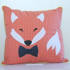 from a Danish blog - http://karlssonskludeskab.bigcartel.com/product/rv-med-butterfly-pude-40-x-40-cm# Image of Fox with butterfly - pillow 40 x 40 cm