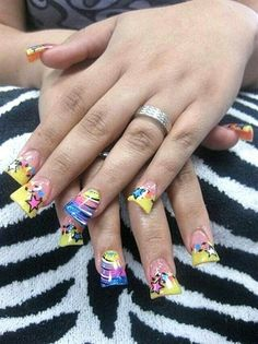 """Behold, the manicure that results in """"duck feet"""" nails. If you picture these nails scratching a chalkboard, I guarantee you'll cringe. Nail Art Designs, Acrylic Nail Designs, Acrylic Nails, Nails Design, Gel Nail, Nail Polish, Bad Nails, Crazy Nails, Neon Nails"""