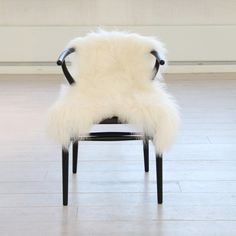World's most understated wompa chair. (It will be mine. Oh yes. It will be.)