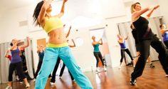 Вежбајте во домашни услови ЗУМБА со ова видео ... танцувајте и слабејте ... - Здравје и Живот