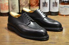 JM Weston - Demi Chasse Split toe derby in black calf, 360 storm welt double leather sole. Jm Weston, Mens Smart Shoes, Men S Shoes, Weston Shoes, Gentleman Shoes, Shoe Wardrobe, Only Shoes, Derby Shoes, Mens Fashion Shoes
