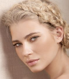 Wedding Makeup Blonde Hair #EasyNip