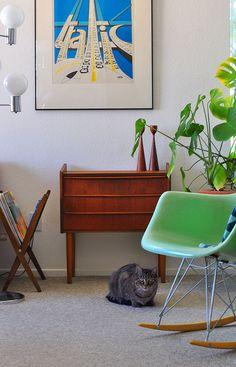 salon, chat deco, living room, scandinavian home, design Textured Carpet, Patterned Carpet, Grey Carpet, Modern Carpet, Furniture Styles, Home Decor Furniture, Mcm Furniture, Modern Decor, Mid-century Modern