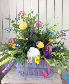 Easter Centerpiece Easter floral arrangement Easter by Keleas