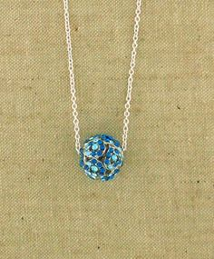 Crystal studed star pendant necklace