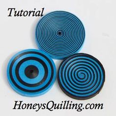 How to make bullseyes and spirals with paper quilling.  A free step by step tutorial by Honey's Quilling
