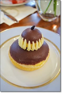 Double choux pastry cake