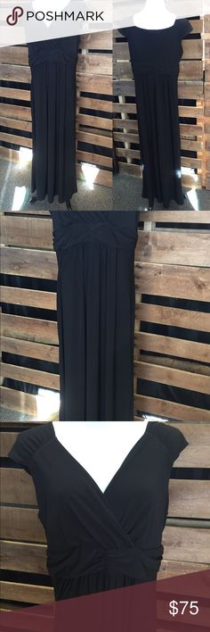 New Directions Plus-size Black Dress Just slip it over your head! Great material, stretchy & forgiving. Short sleeve. Dress it up more with sparkly jewelry & a shawl new directions Dresses Maxi