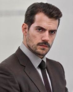 Mustache Men, Beard Styles For Men, Character Aesthetic, Henry Cavill, Fine Men, My King, White Man, Aesthetic Pictures, Love Of My Life