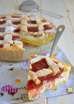 Jam and ricotta tart, easy, delicious and irresistible – backen Ricotta Torte, Sweet Recipes, Cake Recipes, Crostata Recipe, Almond Pastry, Gateaux Cake, English Food, Pastry Cake, Sweet Tarts