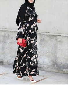@annah_hariri #hijabfashiondesigners