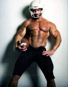Football Usa, Muscle Hunks, Muscle Body, Bear Men, Hot Hunks, Sports Clubs, Hairy Chest, Muscular Men, Sport Man