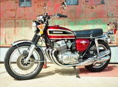 CB 750 - Raised the bar back in 1969 Honda Bikes, Honda Cb750, Vintage Bikes, Vintage Motorcycles, 1973 Mustang, Japanese Motorcycle, Harley Bikes, Honda Motorcycles, Sport Bikes