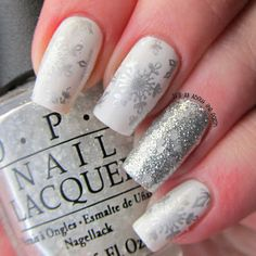 It's all about the polish: Aussie Nails Monday - Snow, Snowflakes and Crumpet's Nail Art Holiday Challenge - white christmas