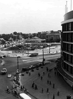 BERLIN 1956, am Breitscheidplatz, Ecke Tauentzien - das Europa-Center steht noch nicht da.