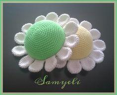 Örmek isteyen buyursun ... İĞNELİĞİN YAPILIŞI: Pattern of Pincushion İp / Yarn: Gazzal baby cotton Tığ / hook size: ...
