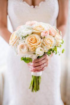 Karen & Chris // Idalia Photography // Inn at Lambertville Station Wedding #weddinginspiration #wedding #weddingideas