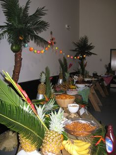 Food and decor for a laua party