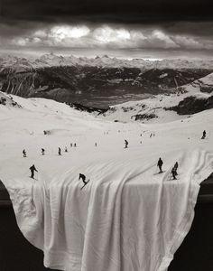【画像】ごく自然に不自然を演出する、Thomas Barbeyのシュルレアリスム・アート12枚