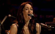 Fiona Apple on Jimmy Fallon - Video.jpg