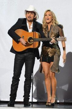 Carrie Underwood & Brad Paisley . CMA 2013