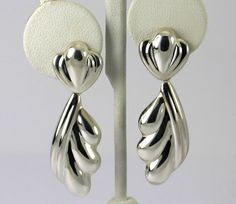 Vintage Sterling Silver Sculpted Scalloped Drop Dangle Earrings #Unbranded #DropDangle
