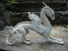 Dragon Sculpture WIP by kimrhodes on DeviantArt Dragon Statue, Dragon Art, Sculpture Painting, Sculpture Clay, Fantasy Dragon, Fantasy Art, Fantasy Creatures, Mythical Creatures, Dragons