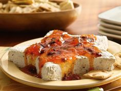 Apricot-Chipotle-Cream Cheese Star (minus the ginger root) Recipes Appetizers And Snacks, Holiday Appetizers, Party Appetizers, Appetizer Dips, Holiday Treats, Habanero Jelly, Star Food, Cheese Ball, Gourmet
