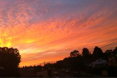 A morning treat for Melburnians.  Submitted by: @dxncxn  April 30, 2012