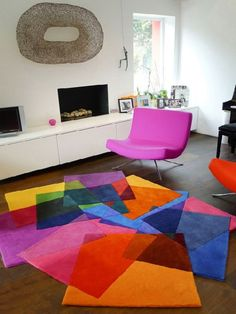 Colorful And Contemporary Rugs Design In Living Room For Dazzling Interior Sweet Home Design. Decoration Evenementielle, Pop Art Decor, Tapis Design, Modern Area Rugs, Cool Rugs, Carpet Colors, Home And Deco, Carpet Design, Contemporary Rugs