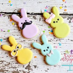 How cute are these marshmallow cookie cutters !!?? #thesweetdesignsshoppe #eastercookiecutters #decoratedcookies #eatser2017 #easter #peeps