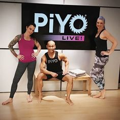 One more shot of your PiYo Live Round 51 crew! Back to Alaska Alabama and Oregon!  Bye now...