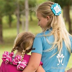 The perfect accessory for quality time at the barn. #equestriangirls #EquestrianFashion #hunterjumper #ponyjumper #rootd #showbows #wef #hitsocala #ponyshow #girlswithbows