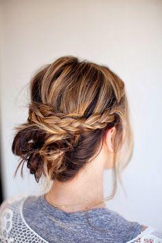 messy braid bun tutorial