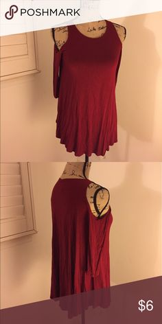 Red Shoulder peep Too Worn once,no rips or stains. It's a small but is very flowwy and can fit a medium. Tops