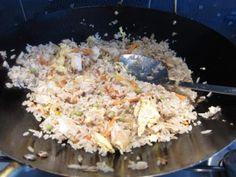 Kész a sült rizs Potato Salad, Grains, Rice, Potatoes, Baking, Ethnic Recipes, Food, Potato, Bakken