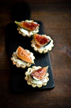 Fig mascarpone and pistachio tart