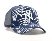 8a29a95da3d Koupit Kšiltovka New Era Sandwash Print New York Yankees 9FORTY TRUCKER  Navy White Snapback Marineblau