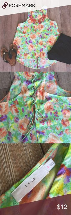 """HP B r i g h t   F l o r a l   T op """"Best in Tops"""" Host Pick 6-15-16. Add some color to the world with this top! Beautiful colors make it pop, and add a statement necklace and it's even better. Size small. Flared back. Worn once! No stains or tears. Lush Tops Blouses"""