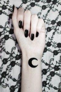 31 Beautiful Moon Tattoo Ideas
