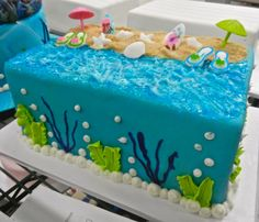 Big beach cake!
