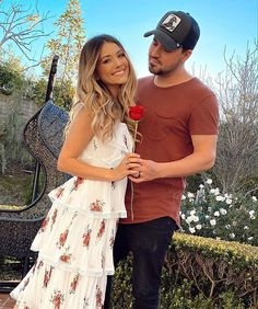 Twin Outfits, Cute Outfits, Tatum And Oakley, Cole And Savannah, Savannah Chat, Photo Romance, Cute Family Pictures, Hot Country Boys, Brooklyn And Bailey