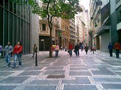 Rua 15 de Novembro - rua dos grandes Bancos